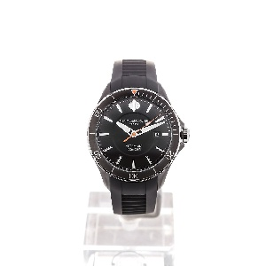 Baume & Mercier Clifton M0A10339 - Worldwide Watch Prices Comparison & Watch Search Engine