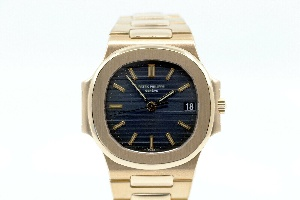 Patek Philippe Nautilus 3800 from 1982 - Worldwide Watch Prices Comparison & Watch Search Engine