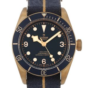 Tudor Black Bay 79250BB - Worldwide Watch Prices Comparison & Watch Search Engine